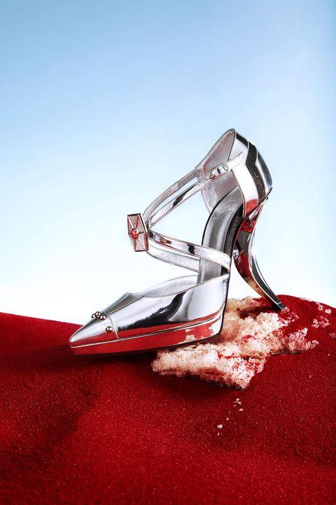 Footwear, Red, Shoe, Carmine, High heels, Recreation, Carpet,