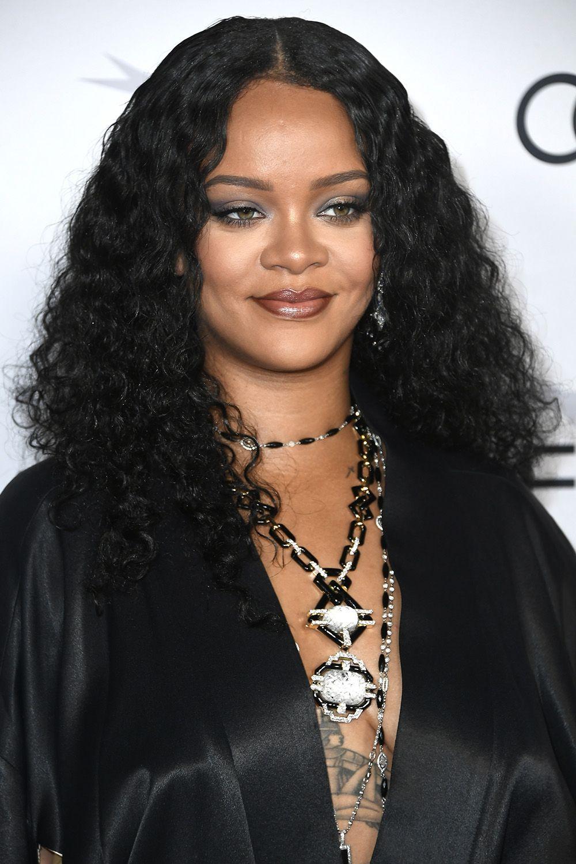 60 Best Medium Hairstyles Celebrities With Medium Hair Length