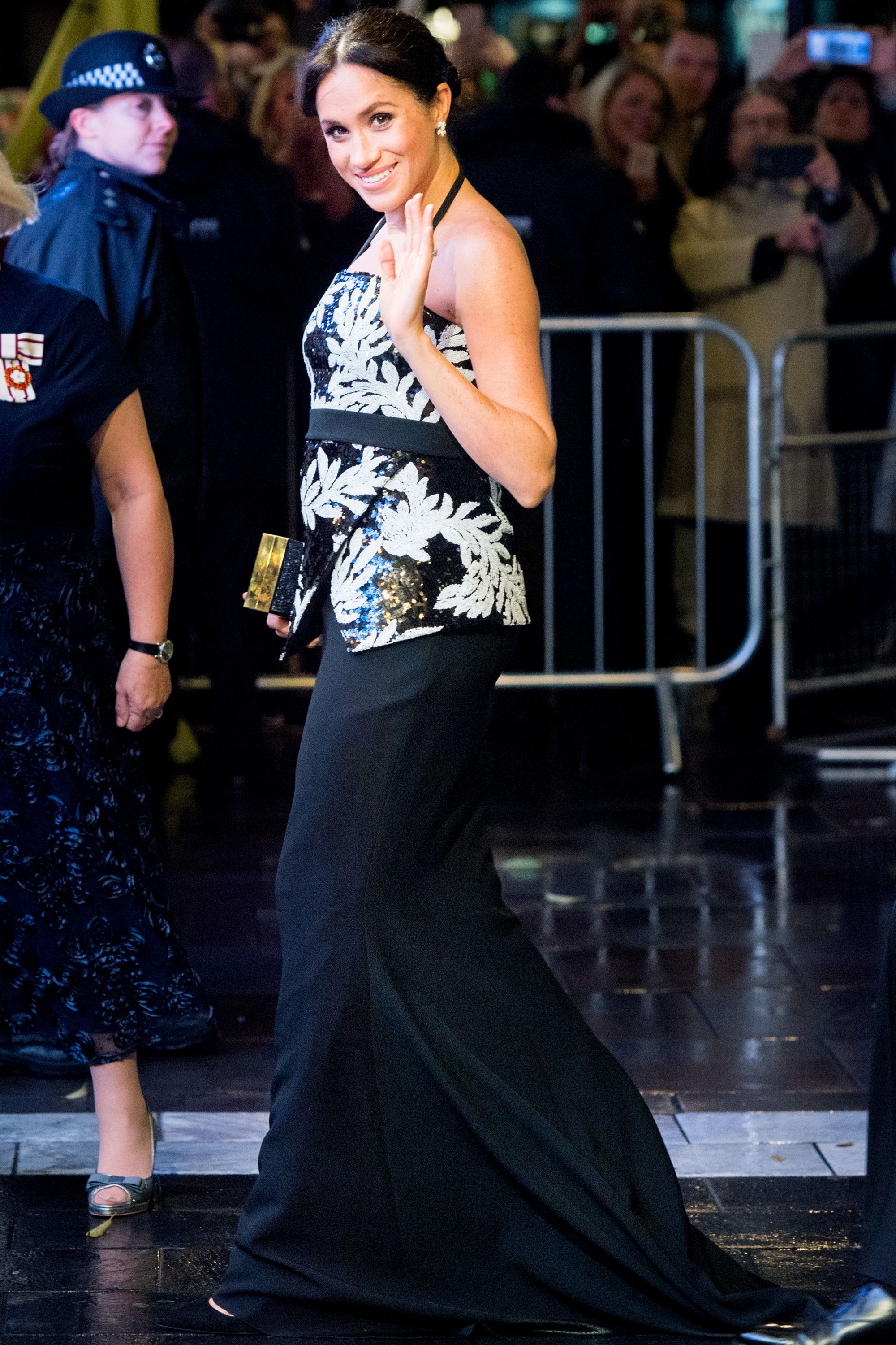 2ffe67fd659 Meghan Markle Maternity Style - Meghan Markle s Best Pregnancy Outfits and  Fashion