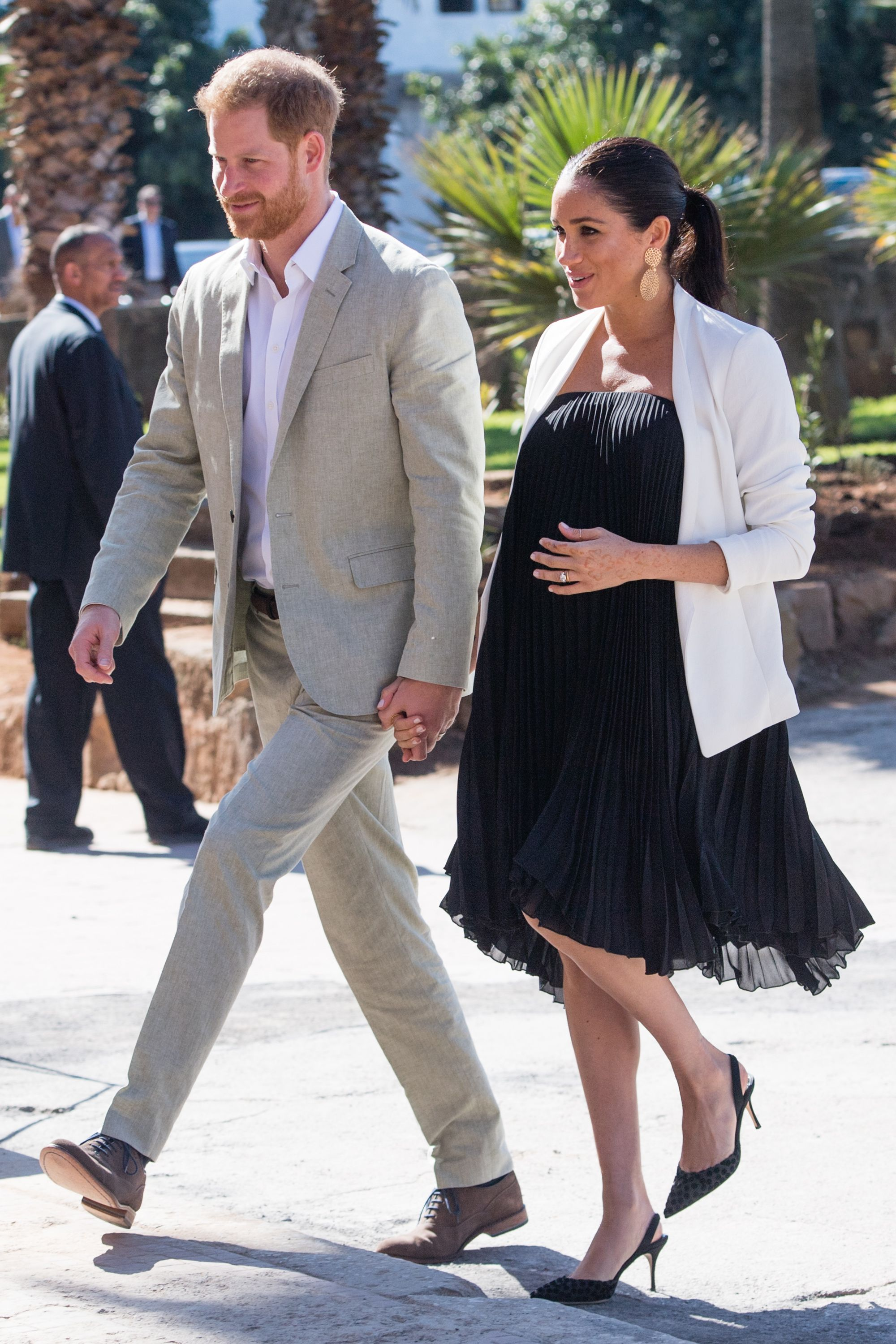 fcbffbc2a88 Meghan Markle Maternity Style - Meghan Markle s Best Pregnancy Outfits and  Fashion