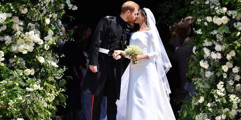 e5c59a7c6ba8 Meghan Markle Wears Givenchy Wedding Dress at Royal Wedding