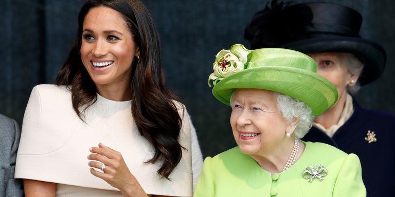 Ini Penampilan Meghan Markle di Acara Pertamanya dengan Ratu Elizabeth, Super Mempesona!