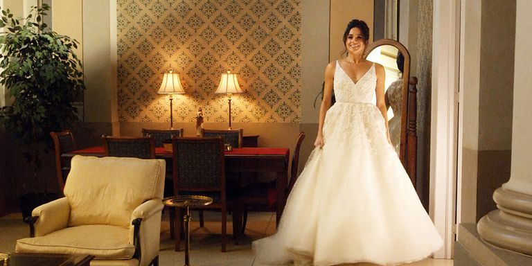 see meghan markle s suits wedding dress in new photos of season 7 see meghan markle s suits wedding dress