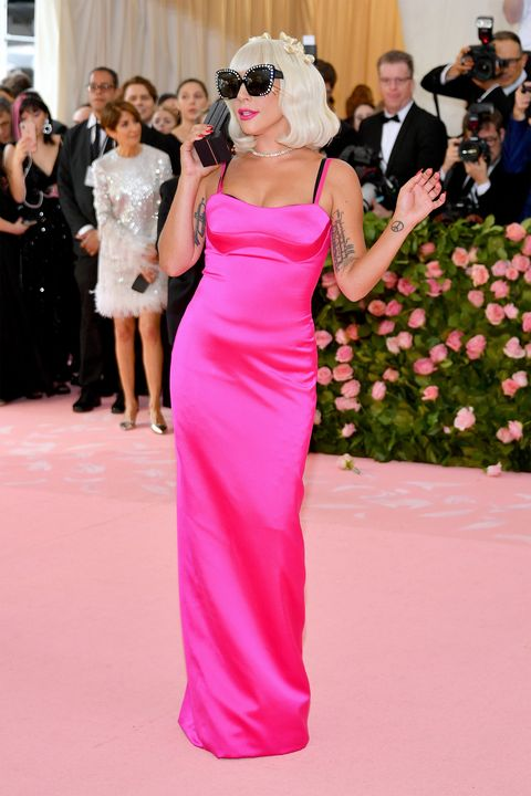 Red carpet, Dress, Gown, Shoulder, Clothing, Pink, Carpet, Flooring, Fashion, Haute couture,