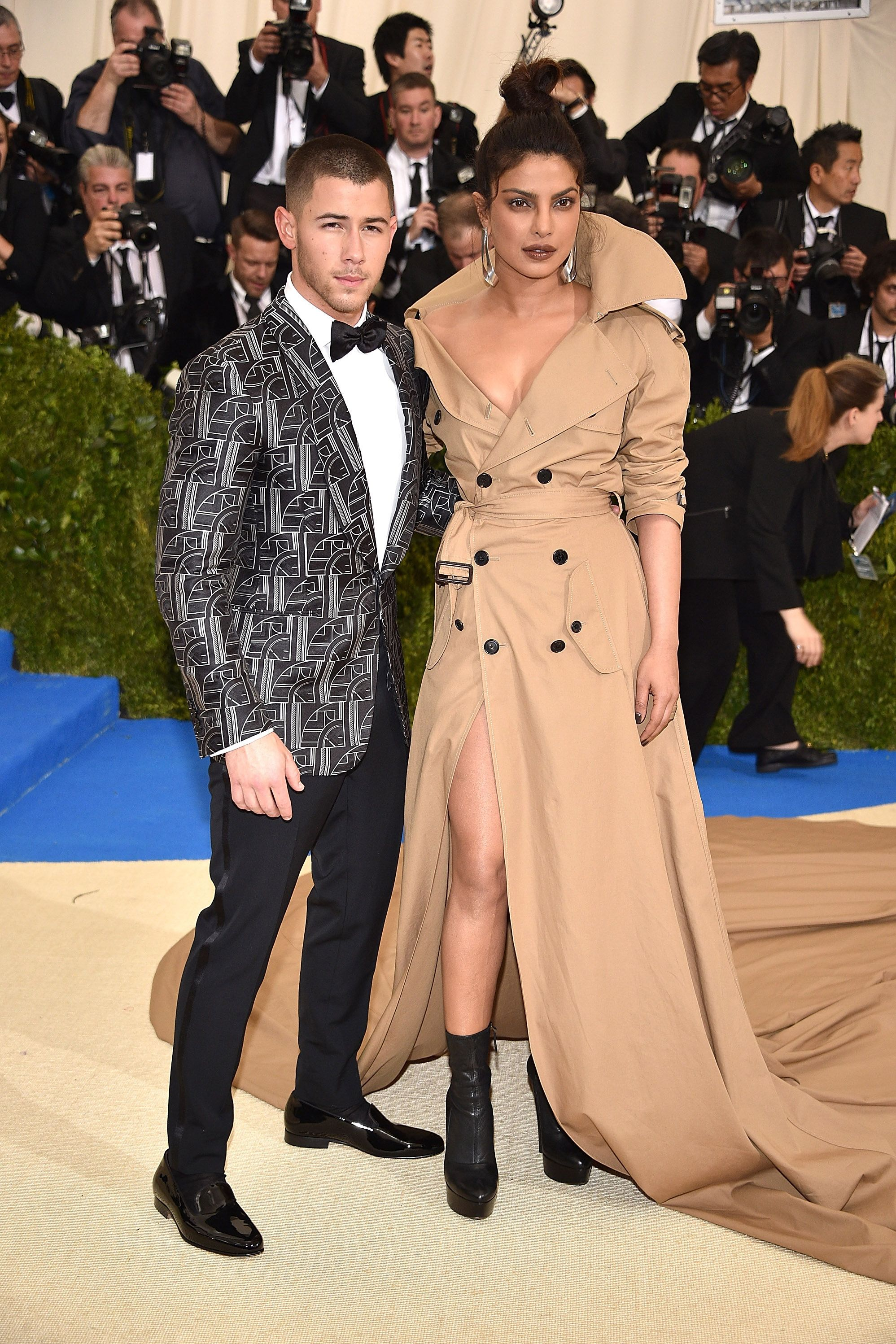 Priyanka Chopra and Nick Jonas Are Reportedly Dating picture