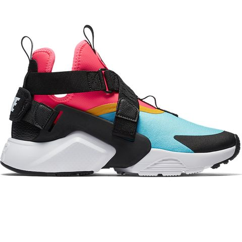 Shoe, Footwear, White, Black, Sportswear, Basketball shoe, Outdoor shoe, Sneakers, Running shoe, Turquoise,