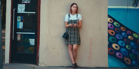 Plaid, Tartan, Clothing, Pattern, Snapshot, Fashion, Design, Street fashion, Textile, Shoulder,
