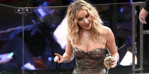 Music artist, Performance, Singer, Singing, Musician, Event, Performing arts, Music, Human body, Pop music,