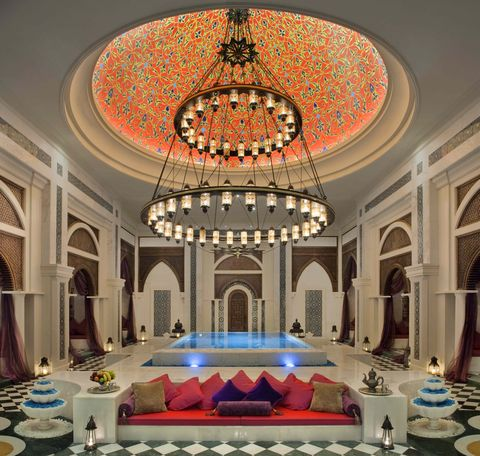 Ceiling, Decoration, Interior design, Building, Chandelier, Room, Lighting, Architecture, Light fixture, Function hall,