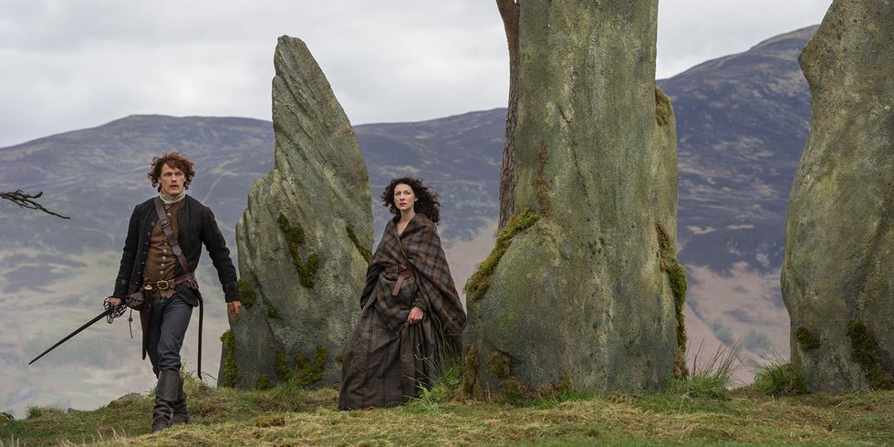 "Jamie Fraser (Sam Heughans) and Claire (Caitríona Balfe) in ""The Devil's Mark"" Outlander S1 e11"