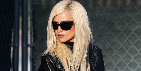 Eyewear, Hair, Sunglasses, Blond, Street fashion, Lip, Hairstyle, Cool, Eyebrow, Beauty,