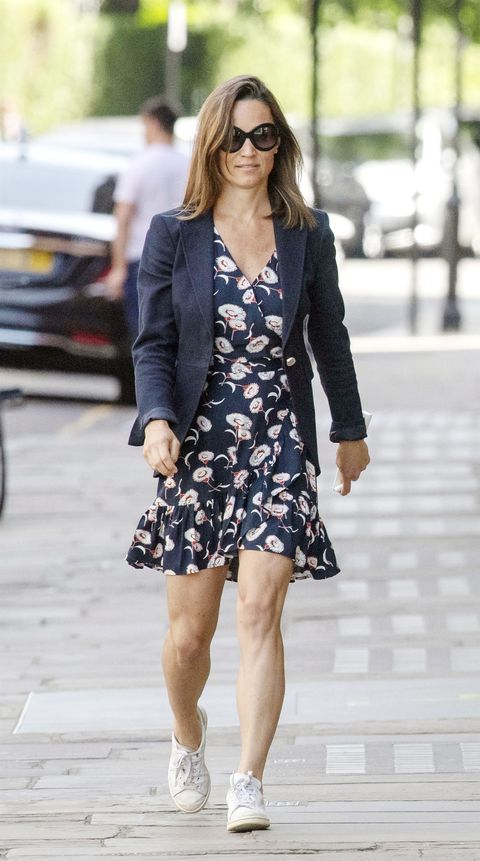73749a95b *EXCLUSIVE* Pregnant Pippa Middleton shows off her super toned legs while  out in London