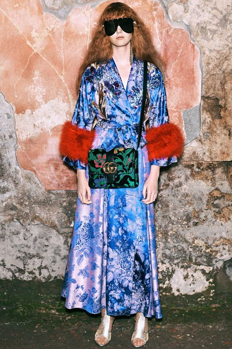 Blue, Clothing, Street fashion, Fashion, Kimono, Costume, Spring, Electric blue, Textile, Outerwear,