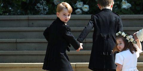 Suit, Formal wear, Tuxedo, Outerwear, Coat, Gesture, Event, Smile, Ceremony,