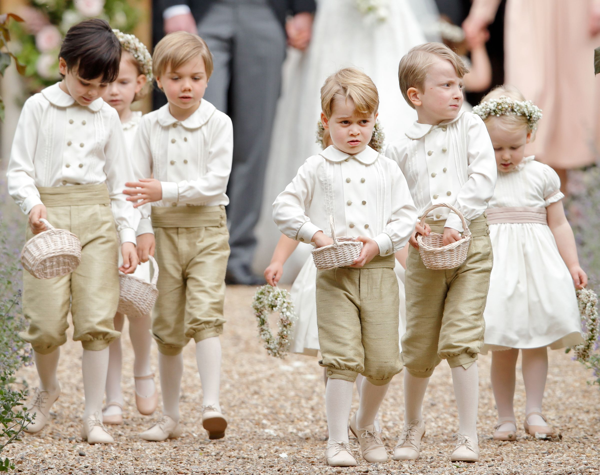 foto Prince George and Princess Charlotte Arrive at the Royal Wedding