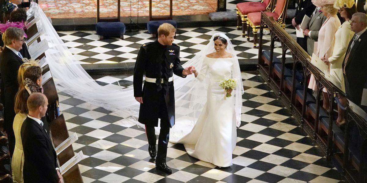 Meghan Markle Wedding Dress Details How Givenchy S Clare Waight Keller Designed Royal Wedding Dress