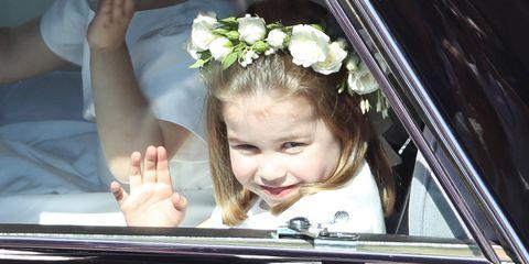 Child, Hair accessory, Headpiece, Plant, Flower, Smile, Gesture, Eyelash,