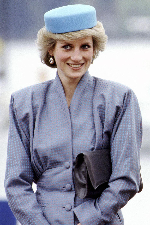 Princess Diana s Best Hats - 41 Diana Princess of Wales Hat Photos f0570931914