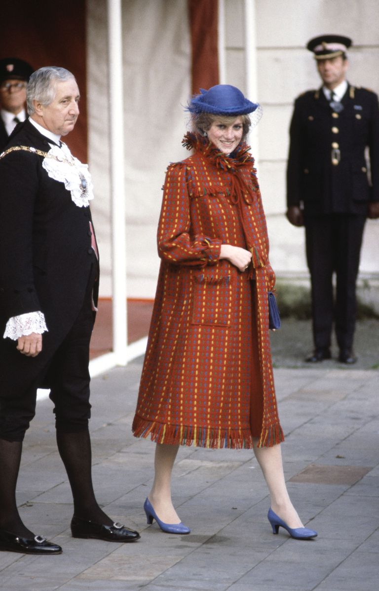 Princess Diana's Best Fashion Moments - Princess Di's ...