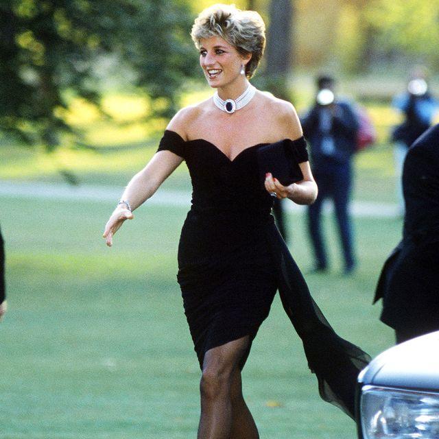 dress, clothing, little black dress, shoulder, fashion, footwear, leg, cocktail dress, high heels, joint,