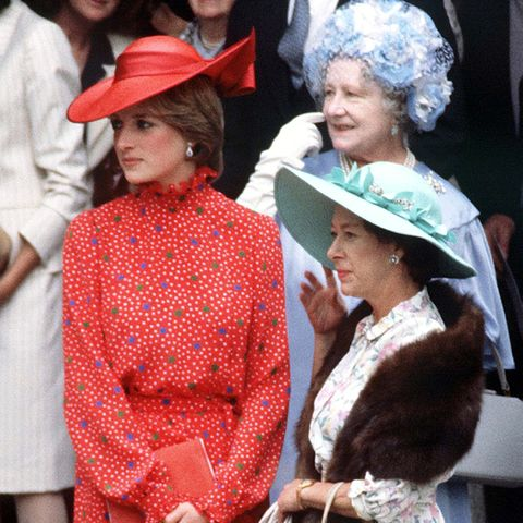 lady diana spencer at wedding