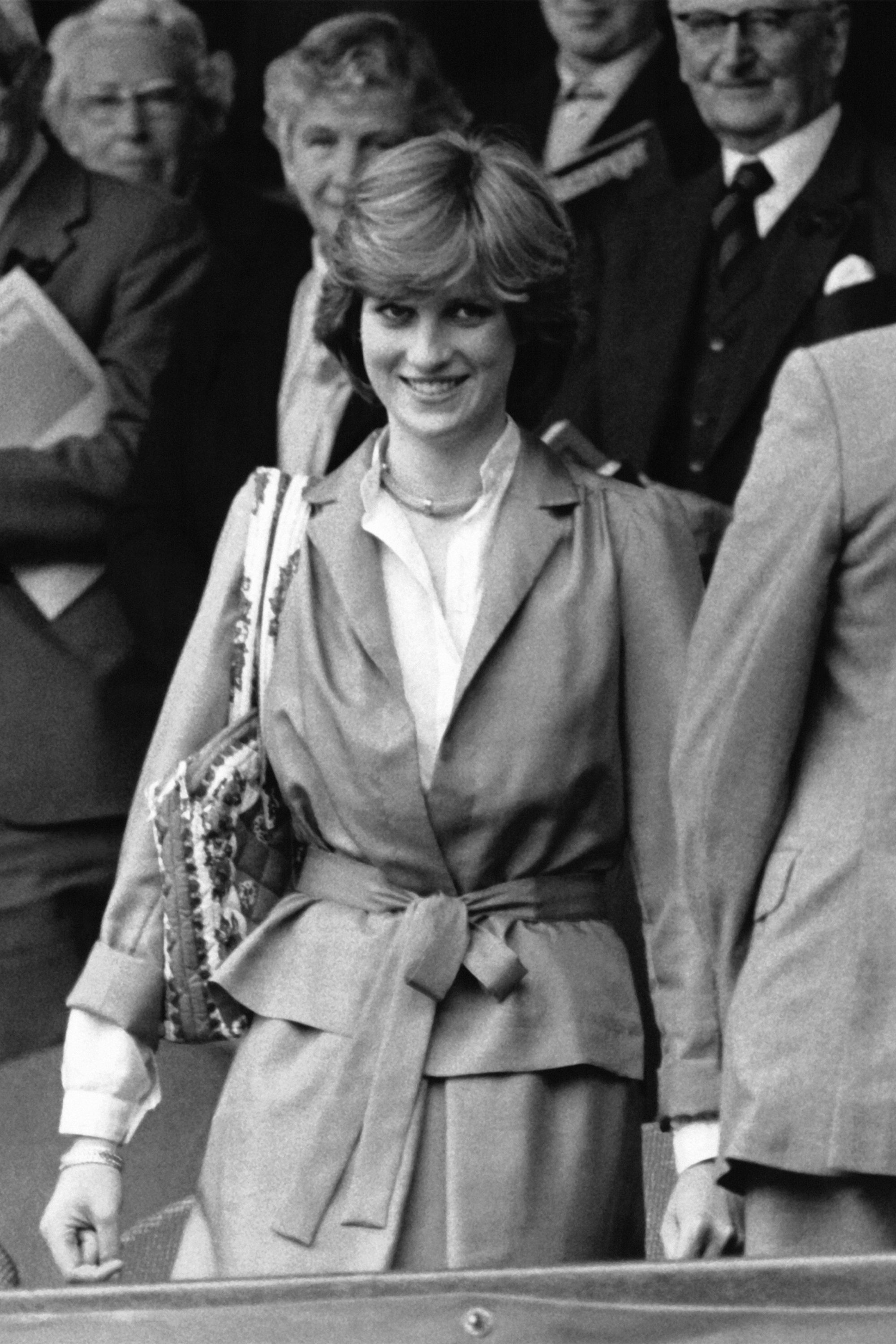 13++ Princess Diana Young With Dad