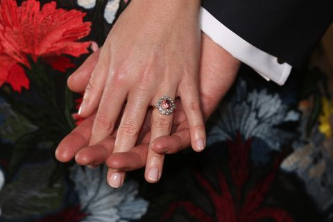 Princess Eugenie Proposal Story Princess Eugenie Engagement Ring