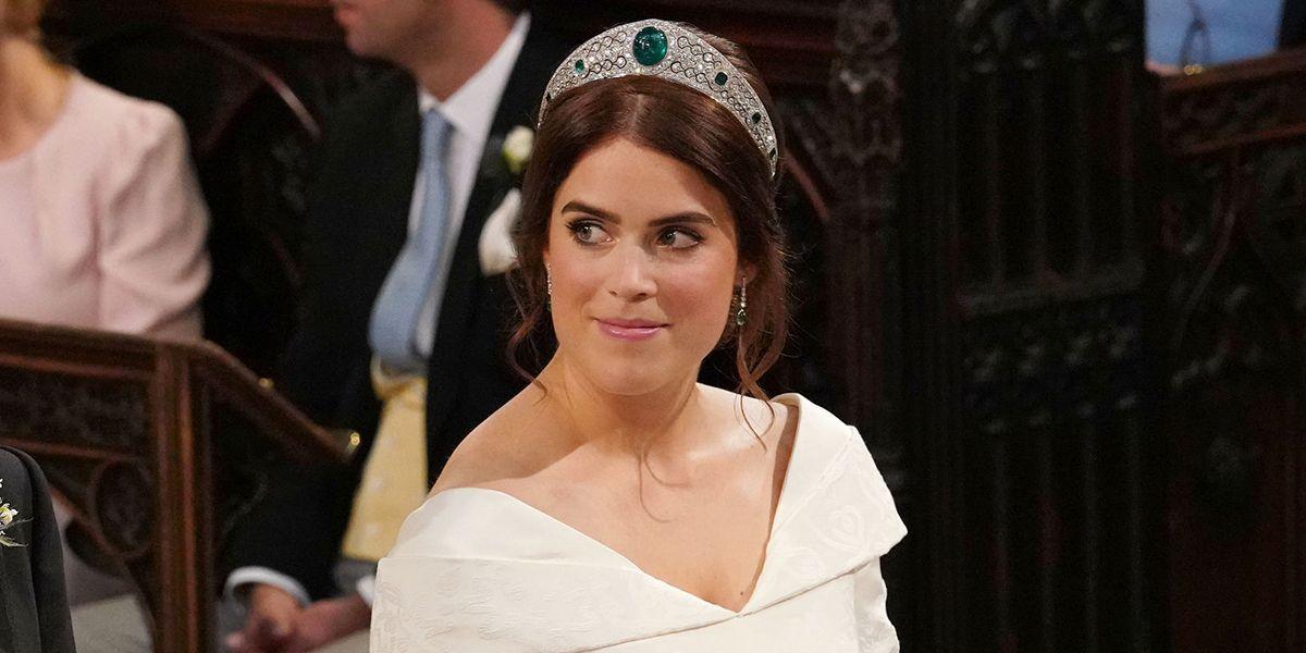 princess beatrice wedding dress and tiara