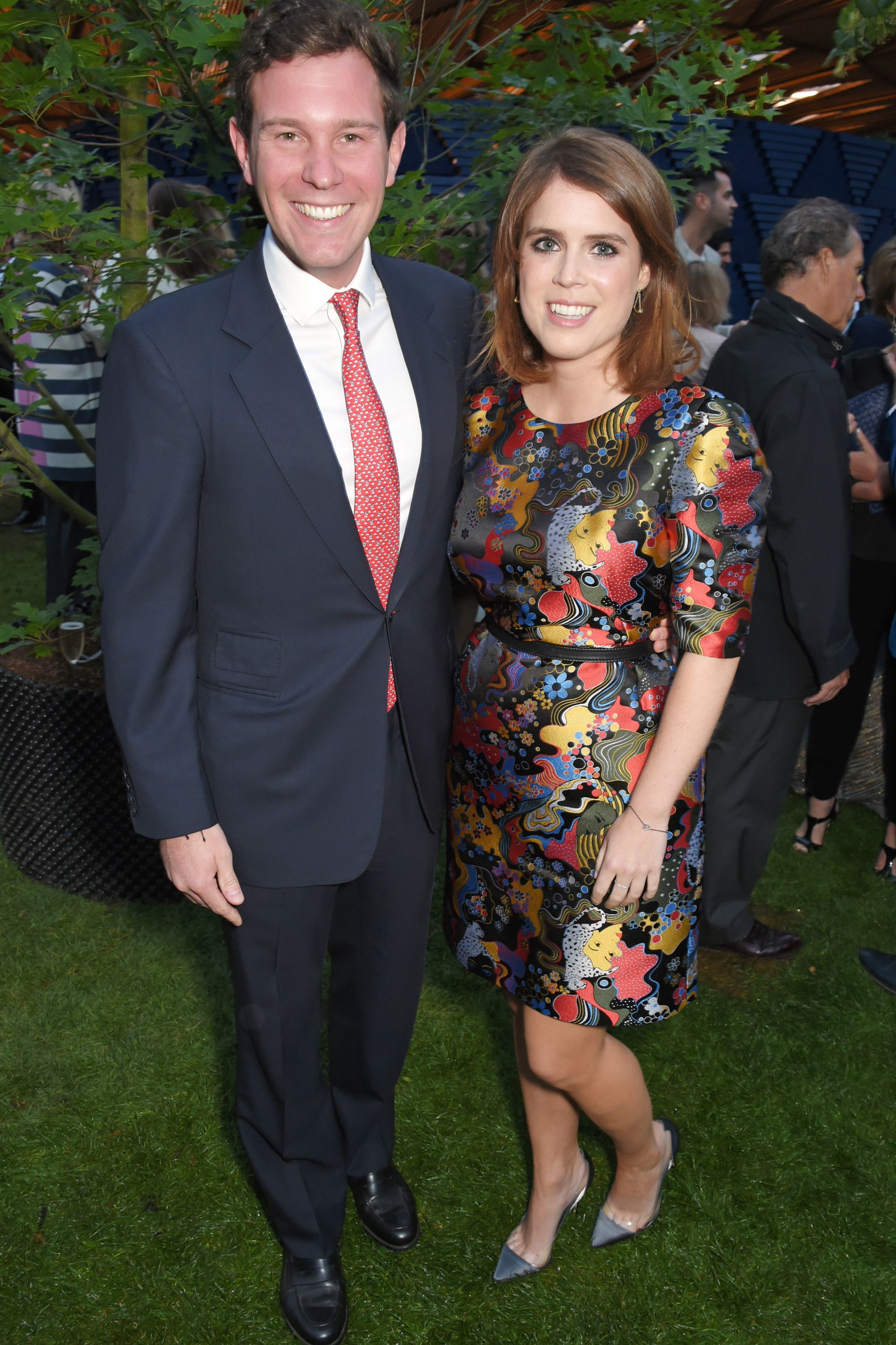 Communication on this topic: Will Princess Eugenie Wear a Stella McCartney , will-princess-eugenie-wear-a-stella-mccartney/