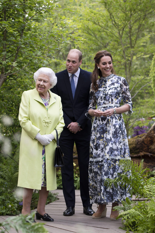 41 Best Photos of Queen Elizabeth With Her Grandchildren