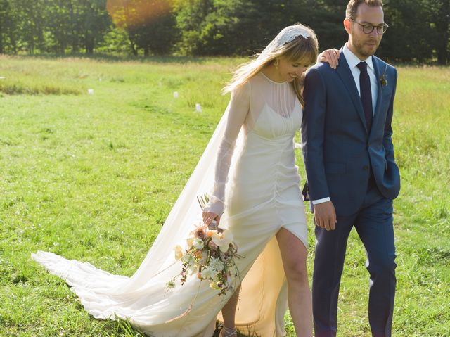 0508aa3ef04 BAZAAR.com s Olivia Fleming Married Matt Rubin in the Ultimate Barn Wedding
