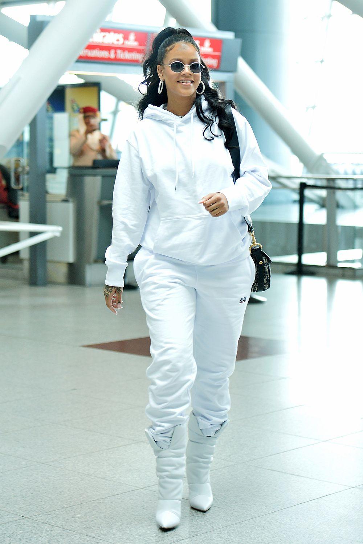 d90a046855d Rihanna s Best Street Style - Rihanna s Best Looks