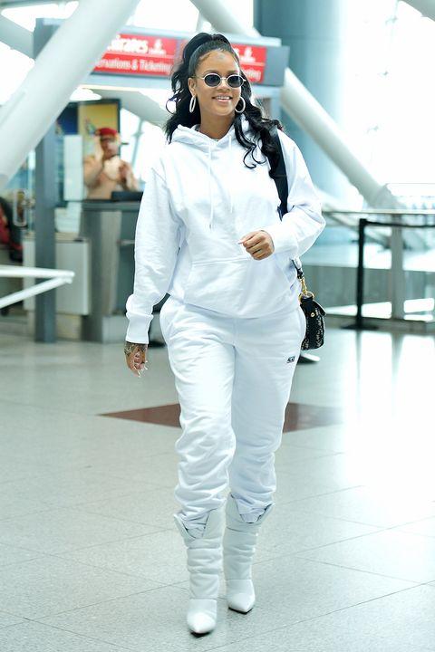 d57c99286a Rihanna s Best Street Style - Rihanna s Best Looks