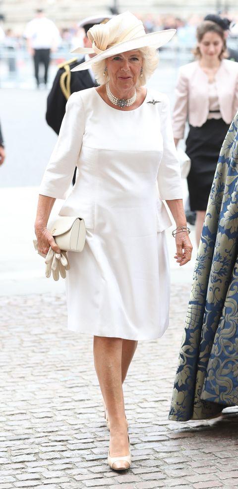 White, Clothing, Dress, Street fashion, Fashion, Footwear, Sleeve, Neck, Formal wear, Cocktail dress,