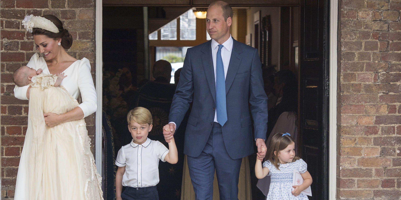 Seperti ini foto-foto acara pembaptisan Pangeran Louis (dok. Harper's Bazaar)