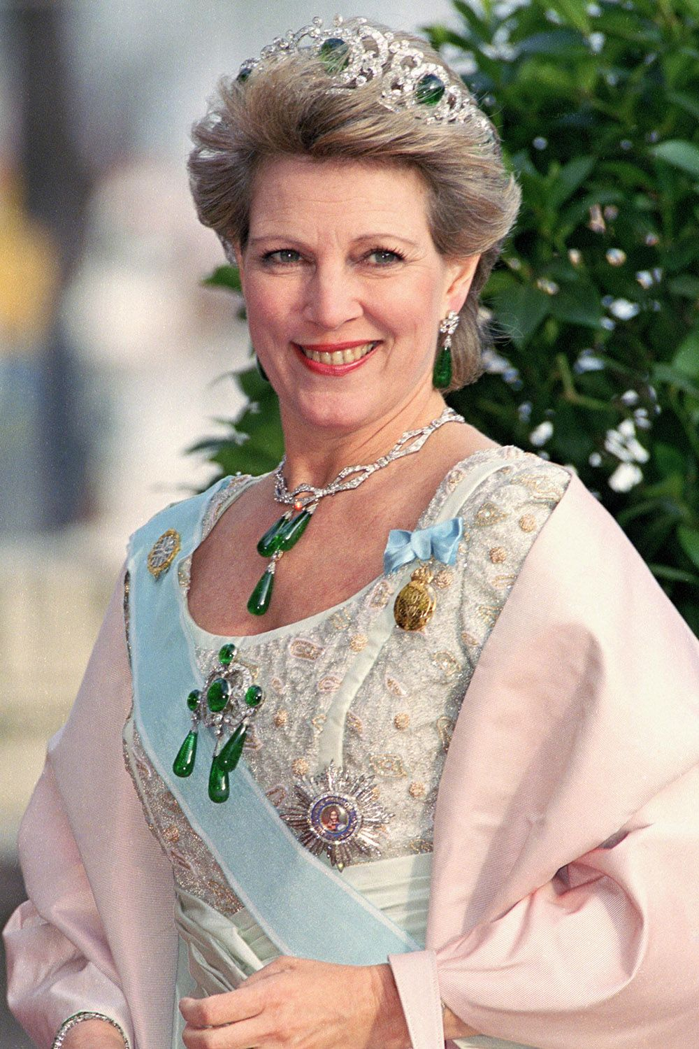 Royal Hair Through The Years A History Of Royal Queen And