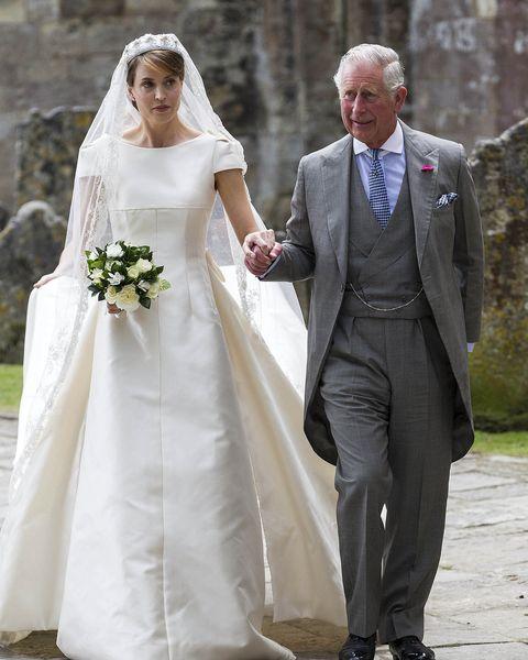 Wedding dress, Bride, Gown, Photograph, Bridal clothing, White, Veil, Dress, Clothing, Wedding,