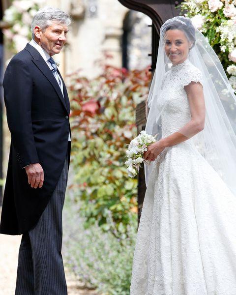 Wedding dress, Gown, Veil, Dress, Clothing, Bride, Photograph, Bridal clothing, Ceremony, Formal wear,