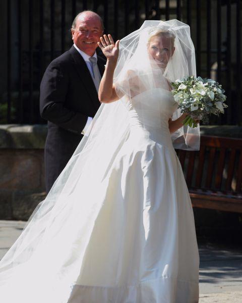Bride, Wedding dress, Gown, Dress, Bridal clothing, Photograph, Veil, Bridal accessory, White, Bridal veil,
