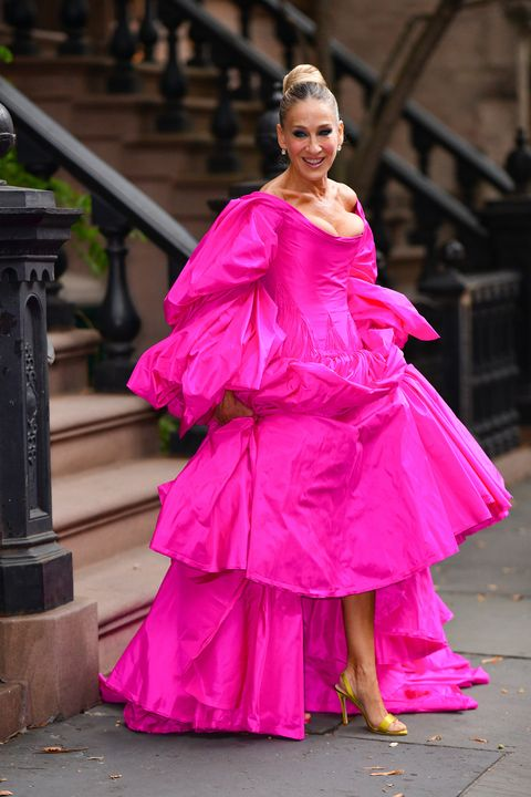 Pink, Clothing, Fashion, Dress, Beauty, Fashion model, Magenta, Gown, Haute couture, Event,