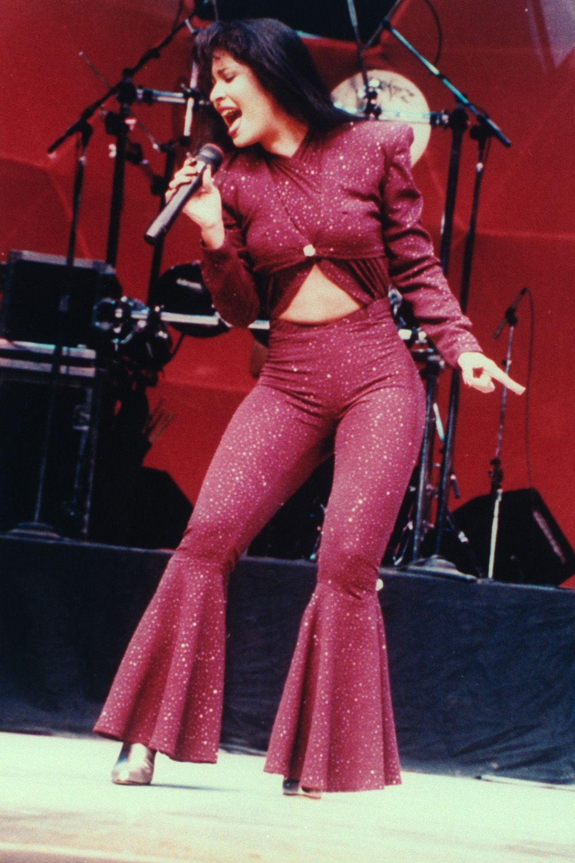 Kim Kardashian Selena Quintanilla Costume Controversy