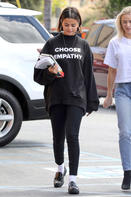 Selena Gomezs Best Looks Selena Gomez Street Style