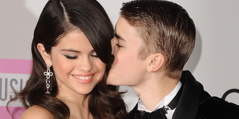 Kissing games dating justin bieber