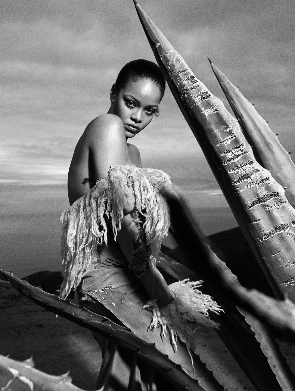 Rihanna  - Σελίδα 7 Hbz-september-2020-rihanna-03-1596037330