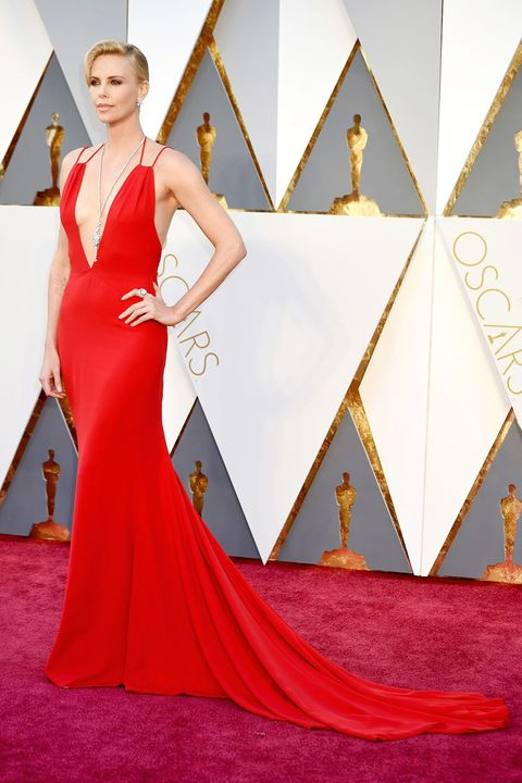 32 Sexiest Oscar Dresses Of All Time Sexy Gown Looks At