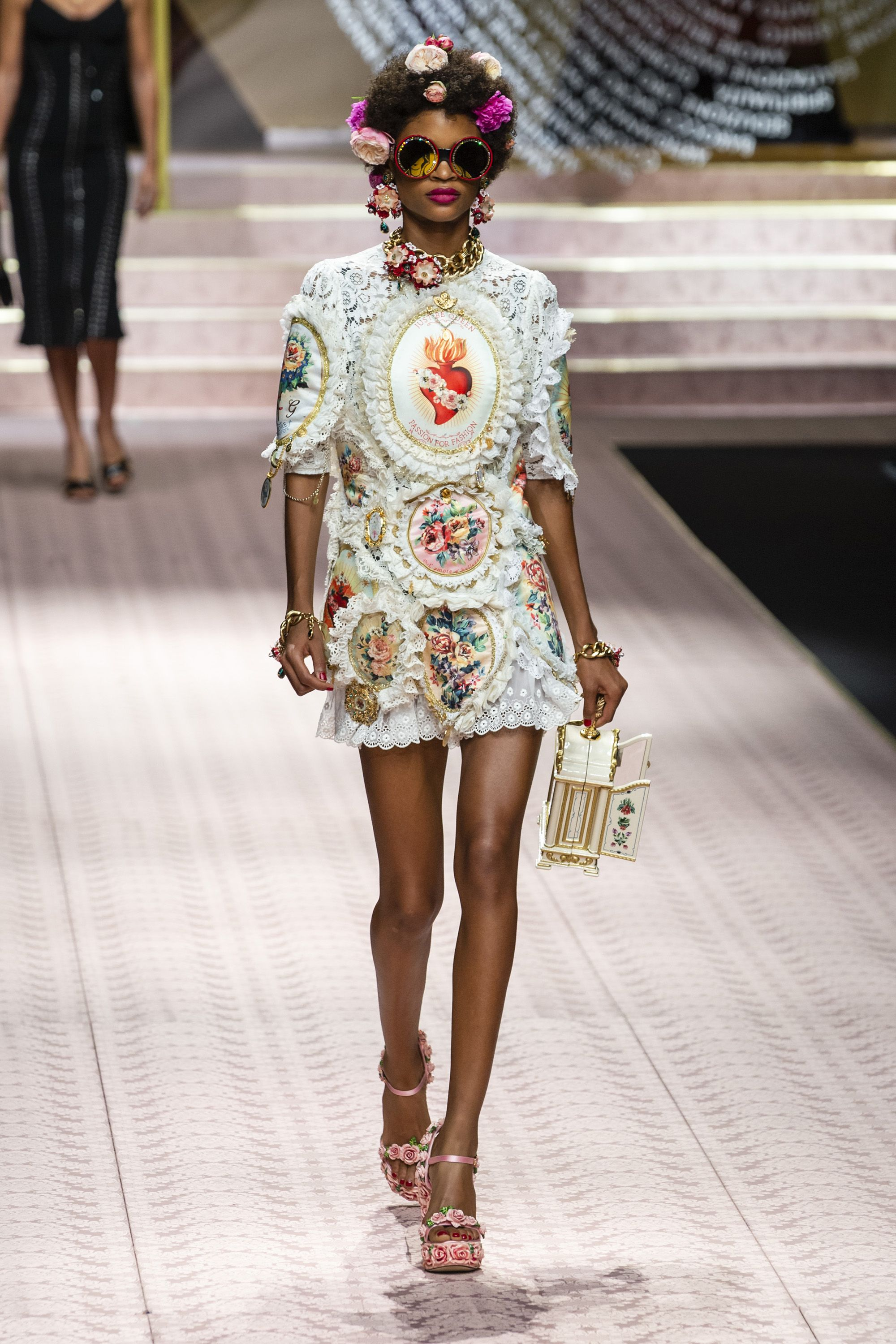 76a1fdd0230 Milan Fashion Week Runway Spring 2019 - Spring 2019 Trends Milan Fashion  Week