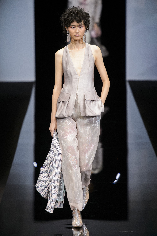 691a0a4eb9bf Milan Fashion Week Runway Spring 2019 - Spring 2019 Trends Milan Fashion  Week
