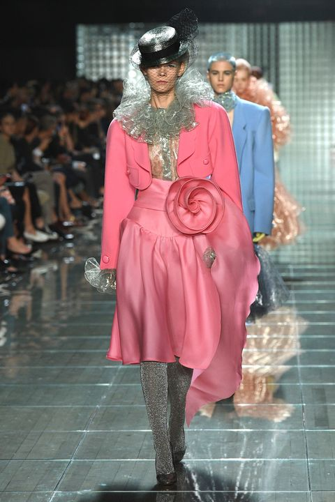 Fashion, Fashion model, Runway, Fashion show, Pink, Clothing, Fashion design, Haute couture, Outerwear, Event,