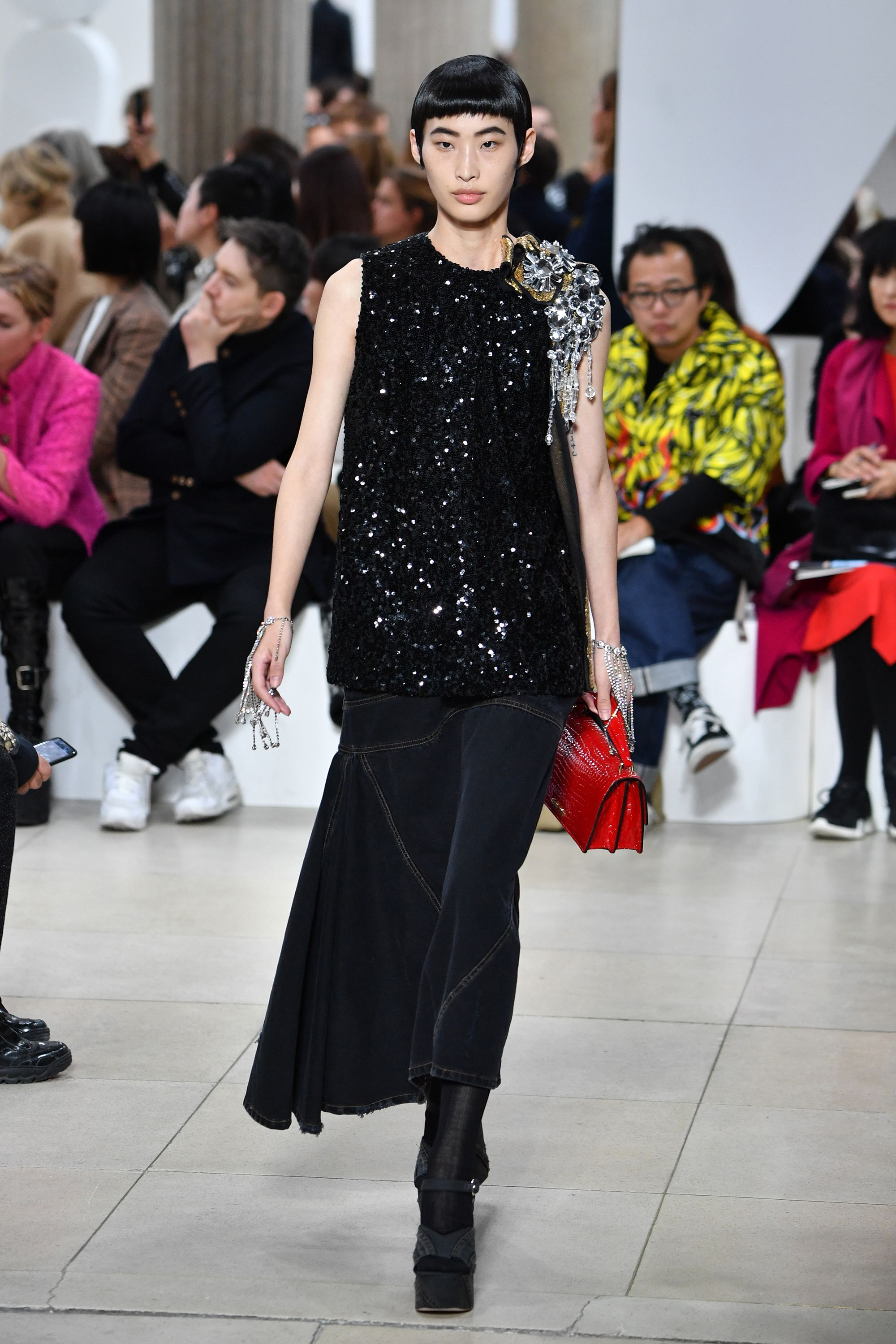 7b9fc036c1d5 The Best Runway Looks at Paris Fashion Week Spring 2019