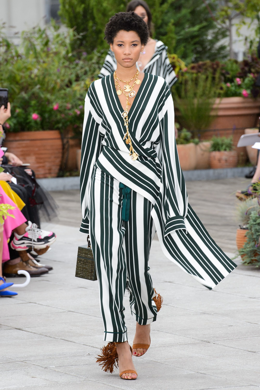 f1fb9af4744 New York Fashion Week Spring 2019 - Best New York Spring 2019 Runway Fashion